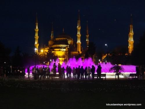 Istambul- Mesquita Azul vista noturna